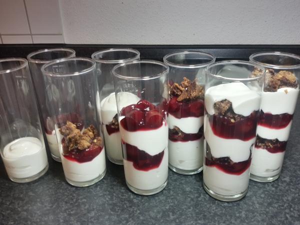 Trifle gefüllt
