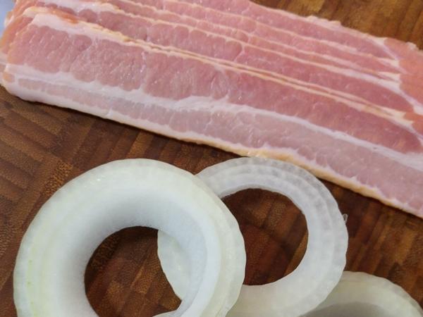bacon-zwiebelringe-vorbereitung